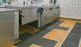 Pardoseli poliuretanice Master Builders Solutions  pentru bucătării și centre wellness